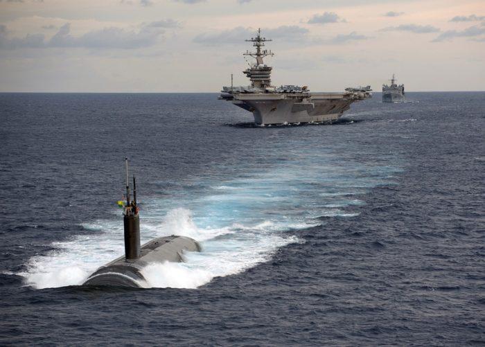 原子力潜水艦